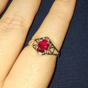Jewelry - Garnet filigree